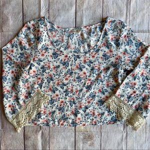 Hollister Top Blouse Crochet Trim EUC